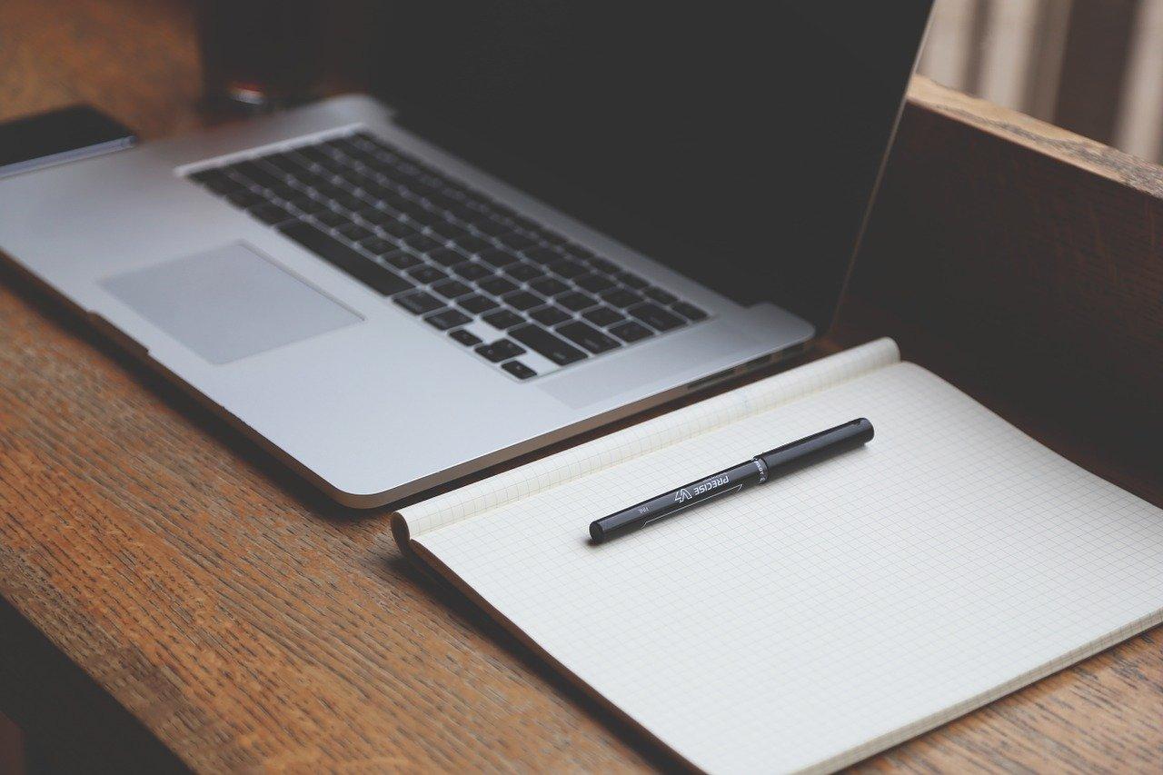 Az Alfa Design olyan kreatív emberekből álló csapat, mely grafikai-, webes-, nyomdai- és marketing szolgáltatásokat nyújt vállalkozásoknak, cégeknek.